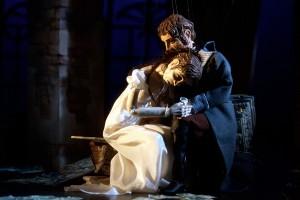 Lindauer-Marionettenoper_La-Traviata-Violetta-Alfredo_Christian-Flemming_900x600-e1421911918779